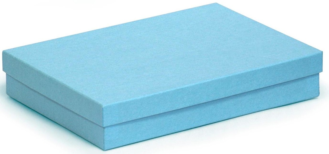 colored kraft gift boxes